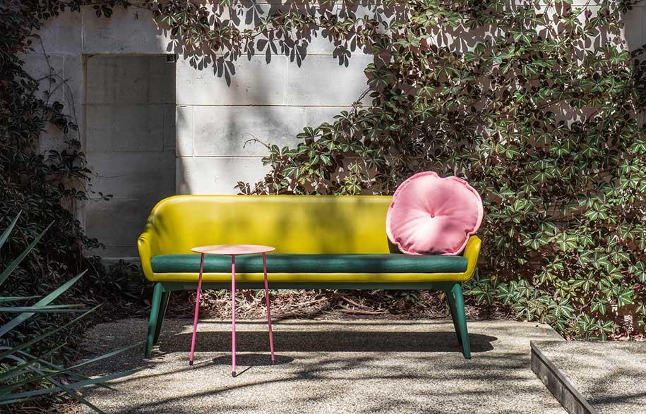 6.-Oscar-Sofa-and-Cushion-with-Lili-Side-Table