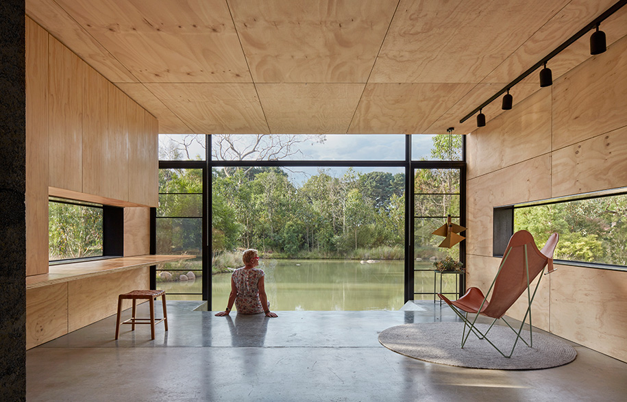 Balnarring Retreat living room