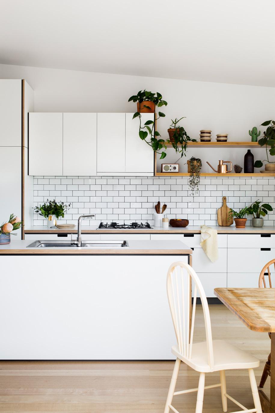 Cantilever_Kitchen-3_001