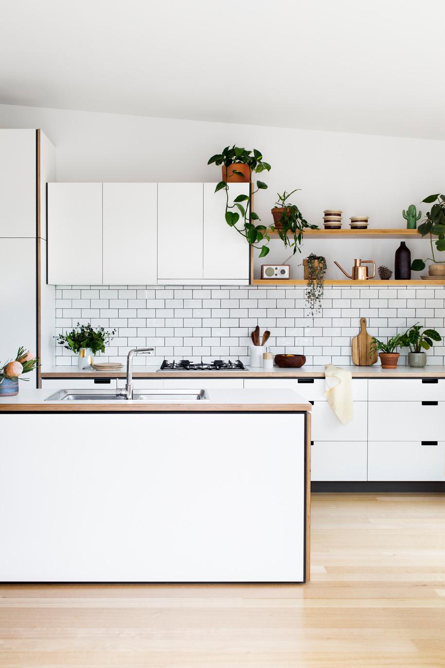 Cantilever_Kitchen-3_002