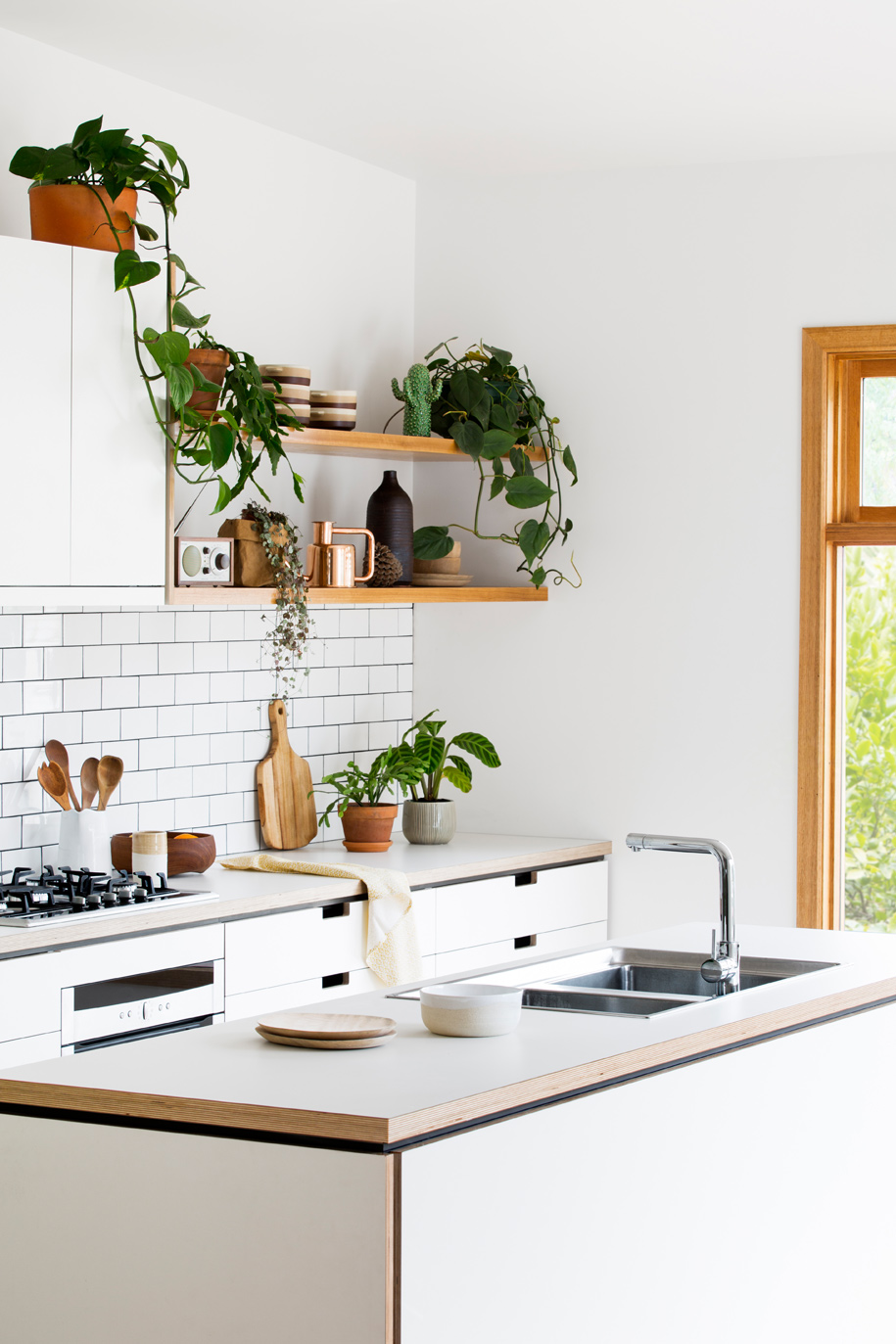 Cantilever_Kitchen-3_006