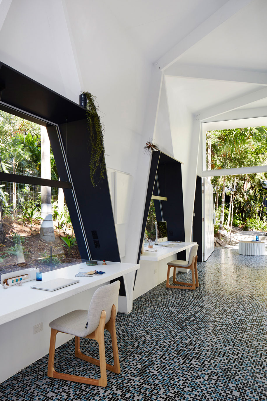 Interior Designer Brisbane: Brisbane's IndigoJungle Gets A New Leafy Office Space: The