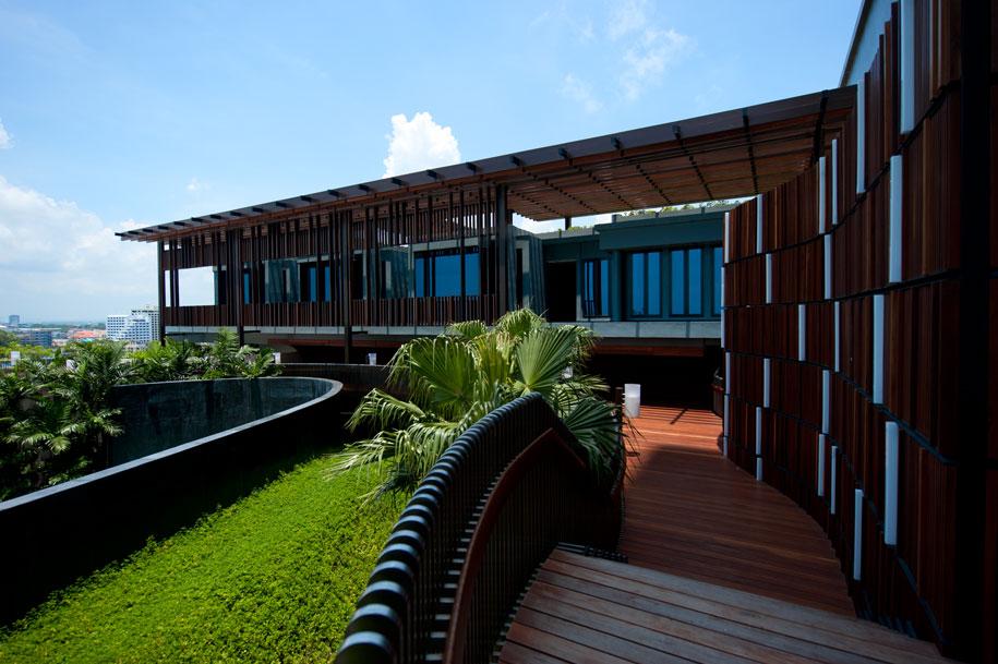 Hilton-Pattaya_eforea---Exterior-3