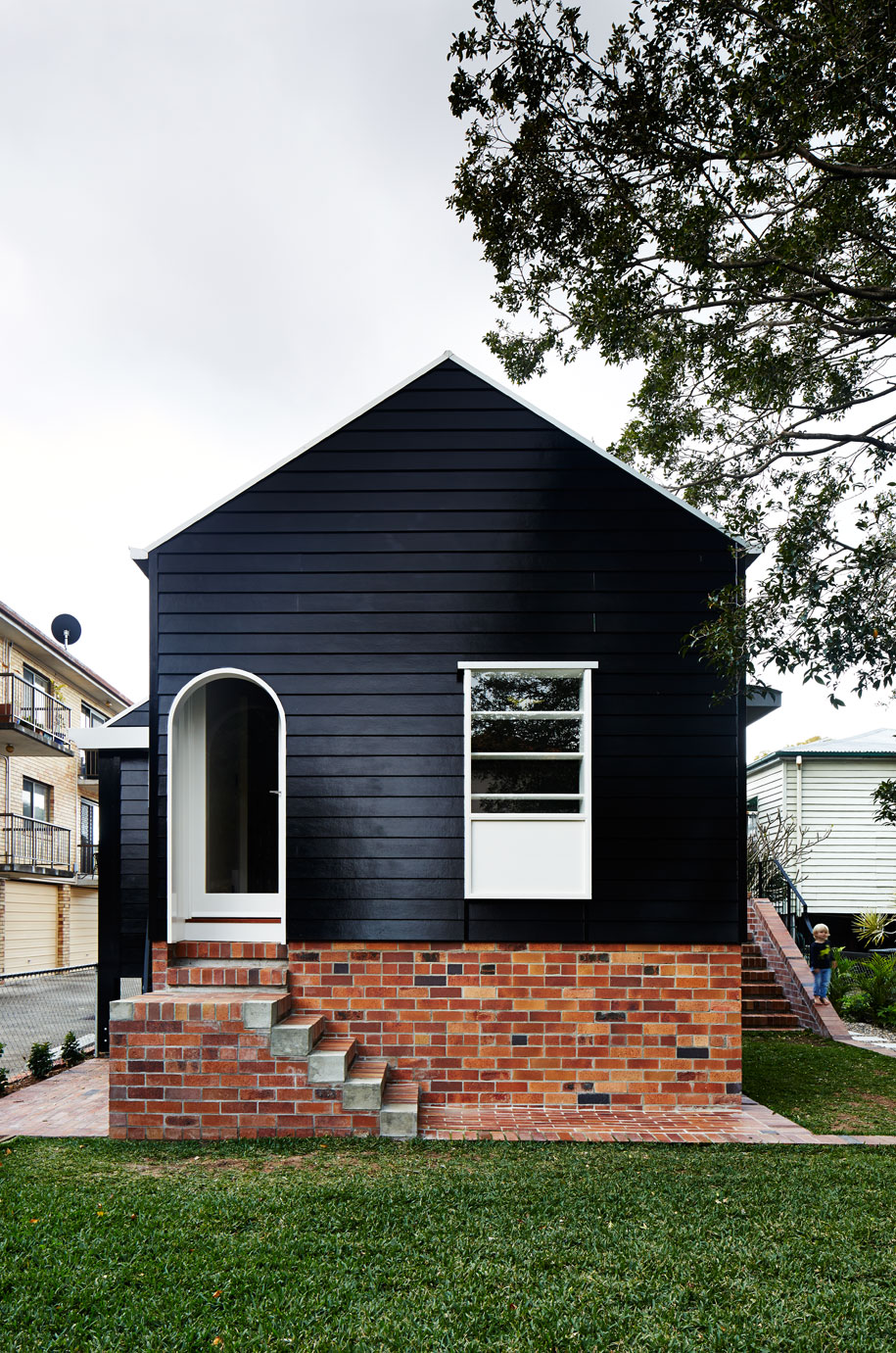 West end cottage renovation a photo essay Black brick homes