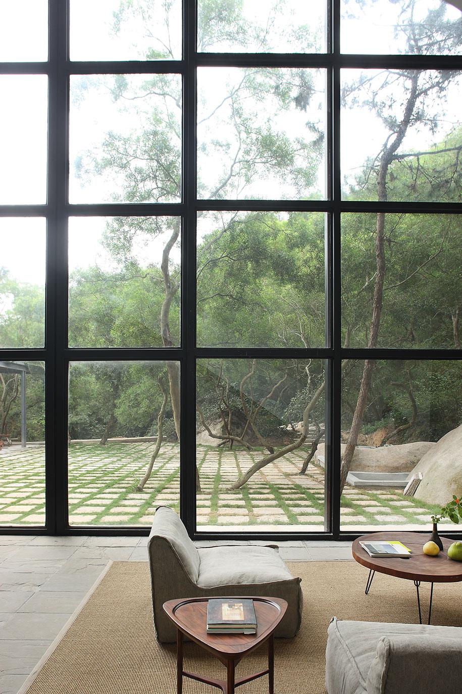 Returning Hut FMX.X Interior Design courtyard