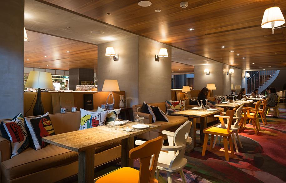 S Hotel Phillipe Stark restaurant