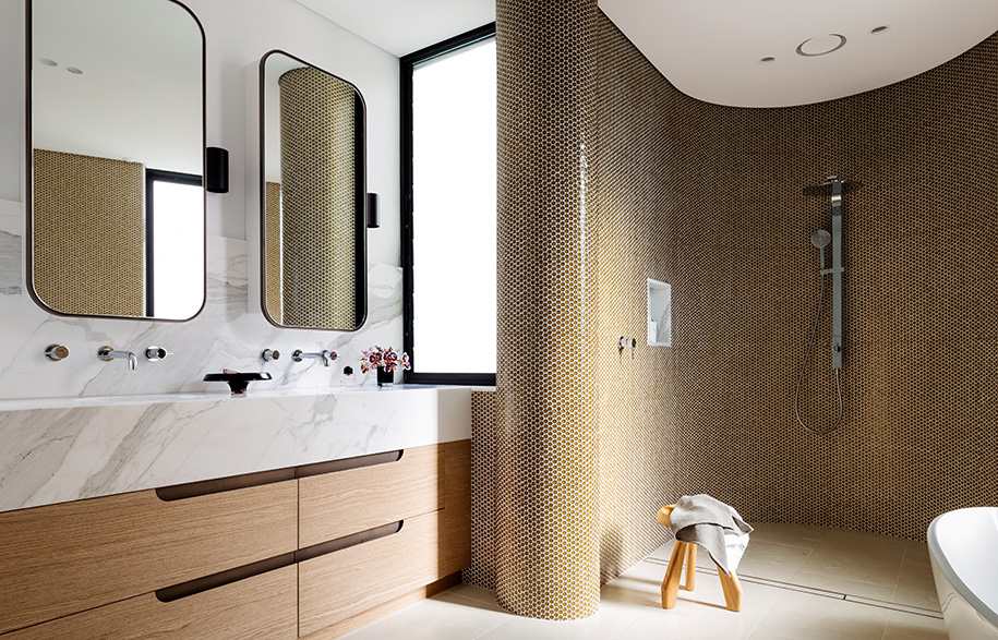 Tamarama House Porebski Architects bathroom