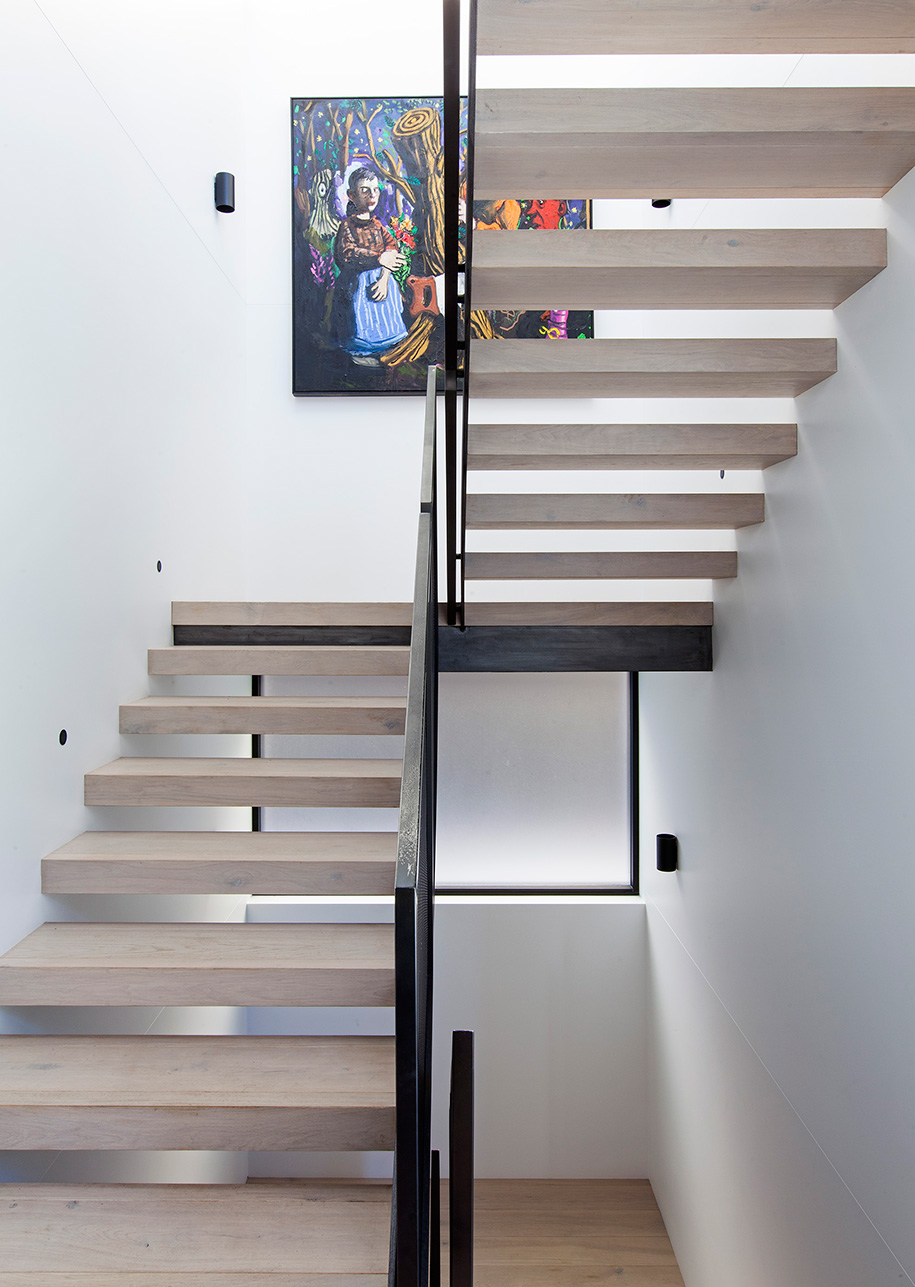 Tamarama House Porebski Architects staircase