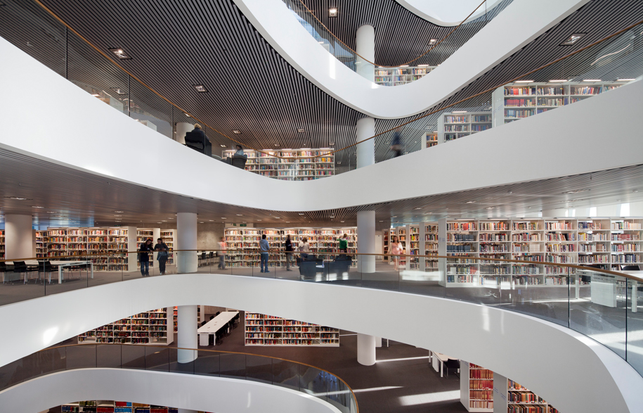 University_of_Aberdeen_-_New_Library_Adam_M_rk2