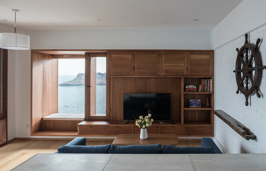 Vector Architects Captains House living room