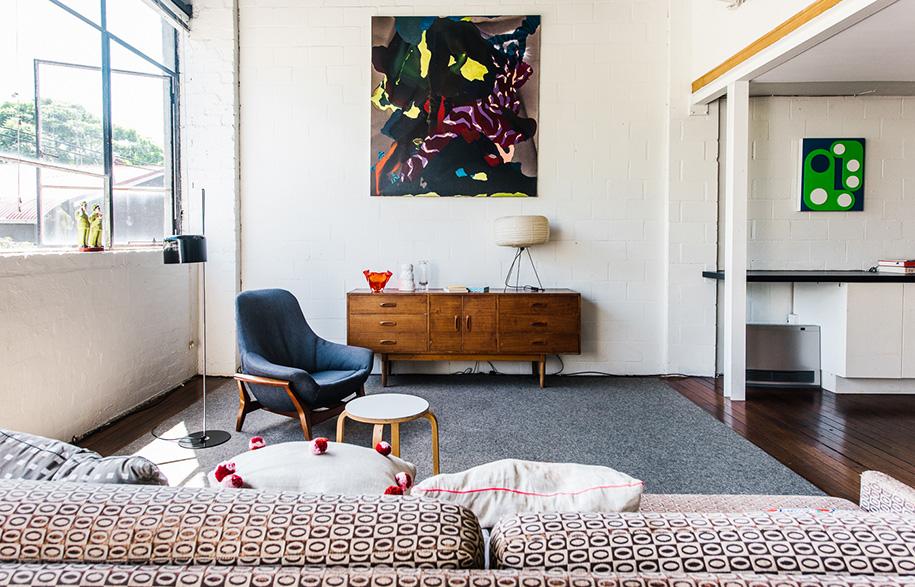 Claudia Damichi living room