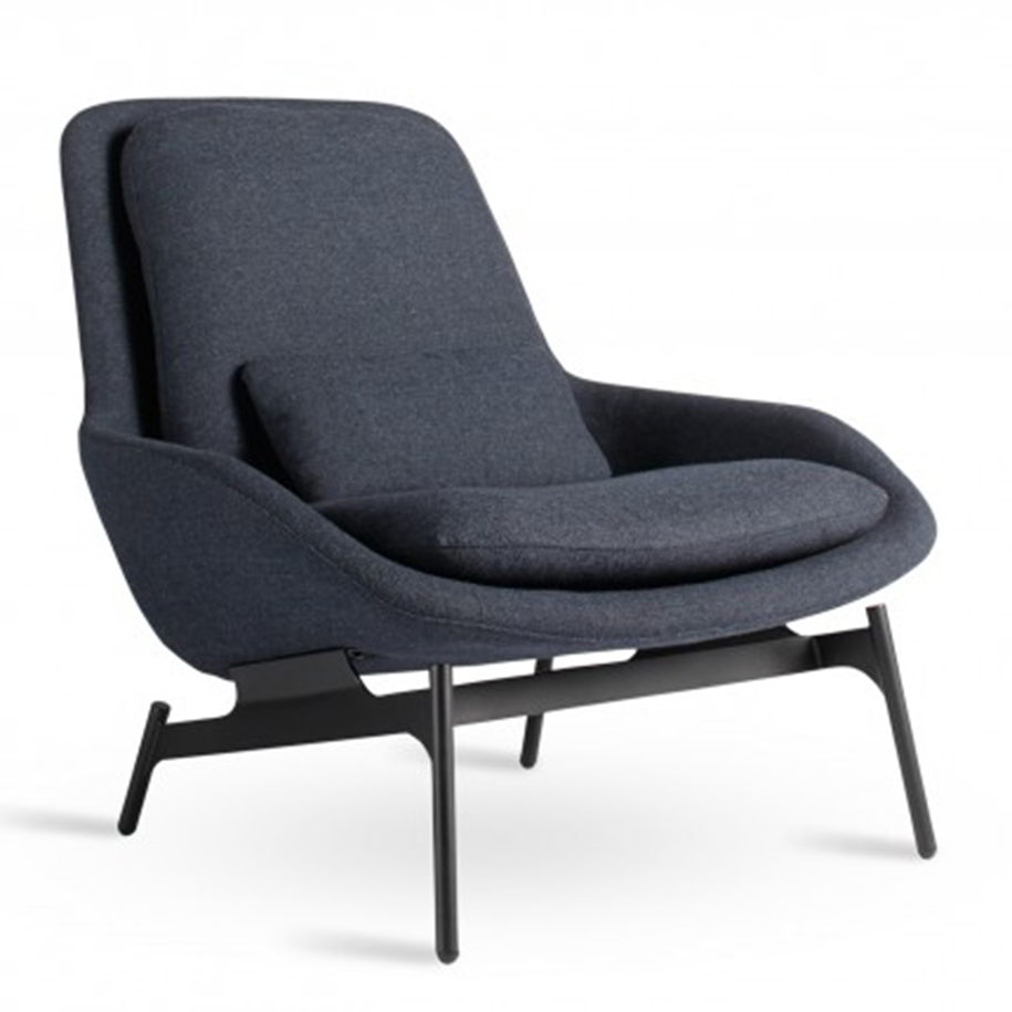 field-lounge-chair-3-4_nv_field-lounge-chair-edwards-navy