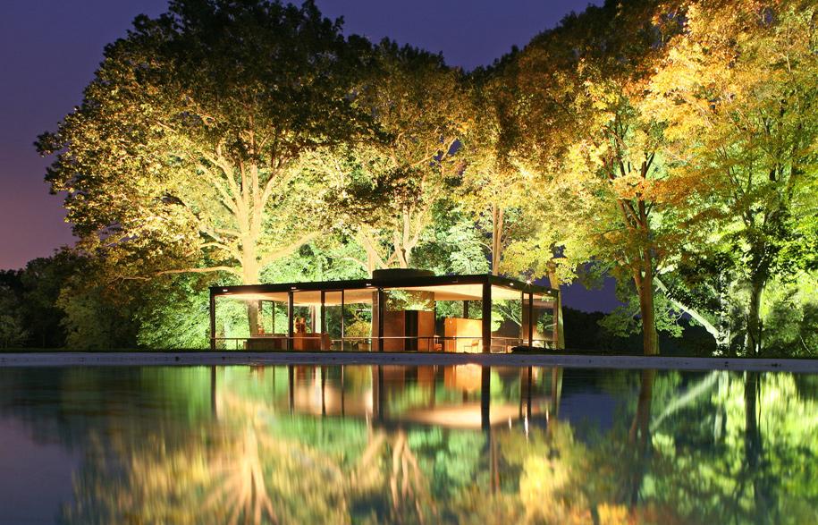 hc-phillip-johnson-glass-house-20140721-015
