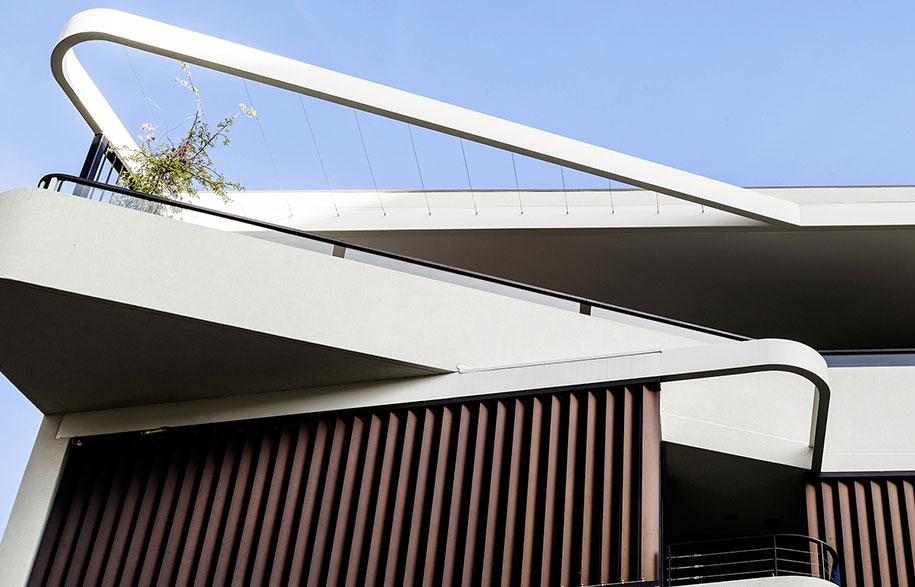 luigi-rosselli-architects---duplex-in-the-city---002